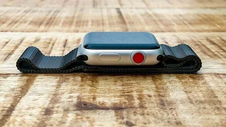 Apple Watch Series 3 Red Point