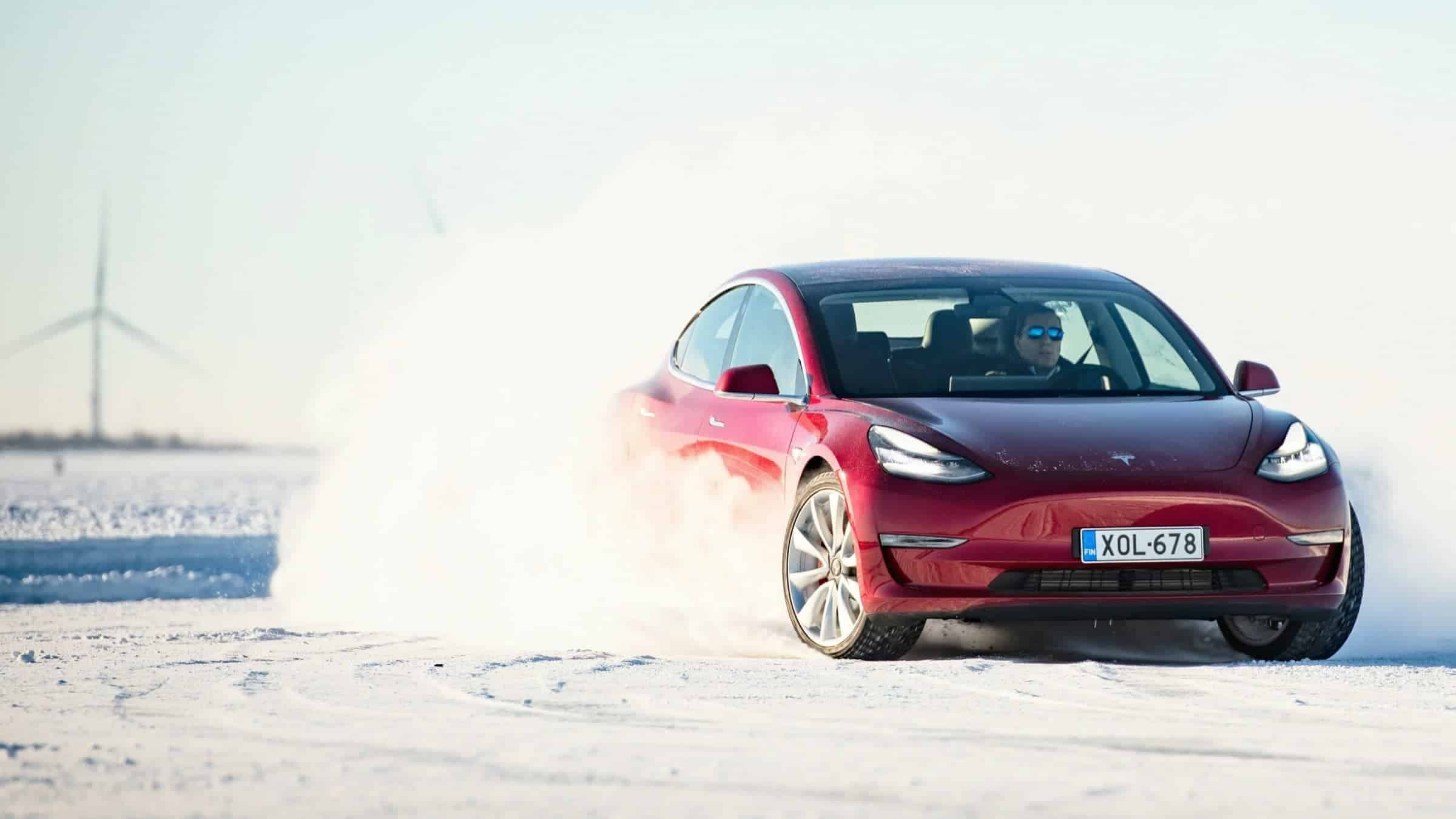 Tesla Finland Snow Ice Driving