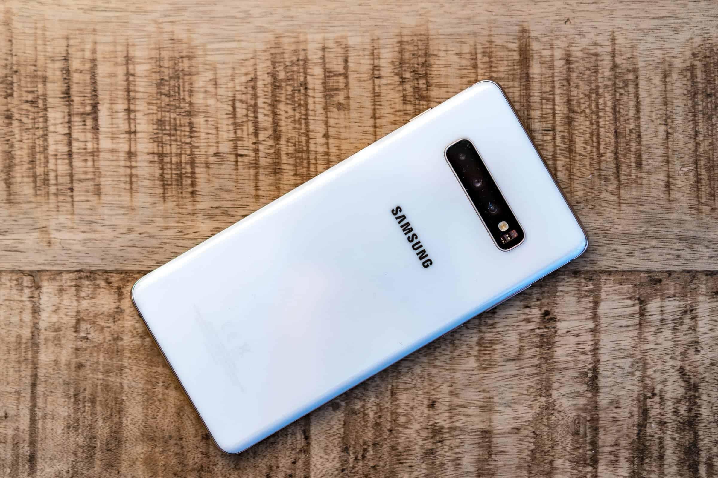 Samsung Galaxy S10 Plus Techragage Camera Back