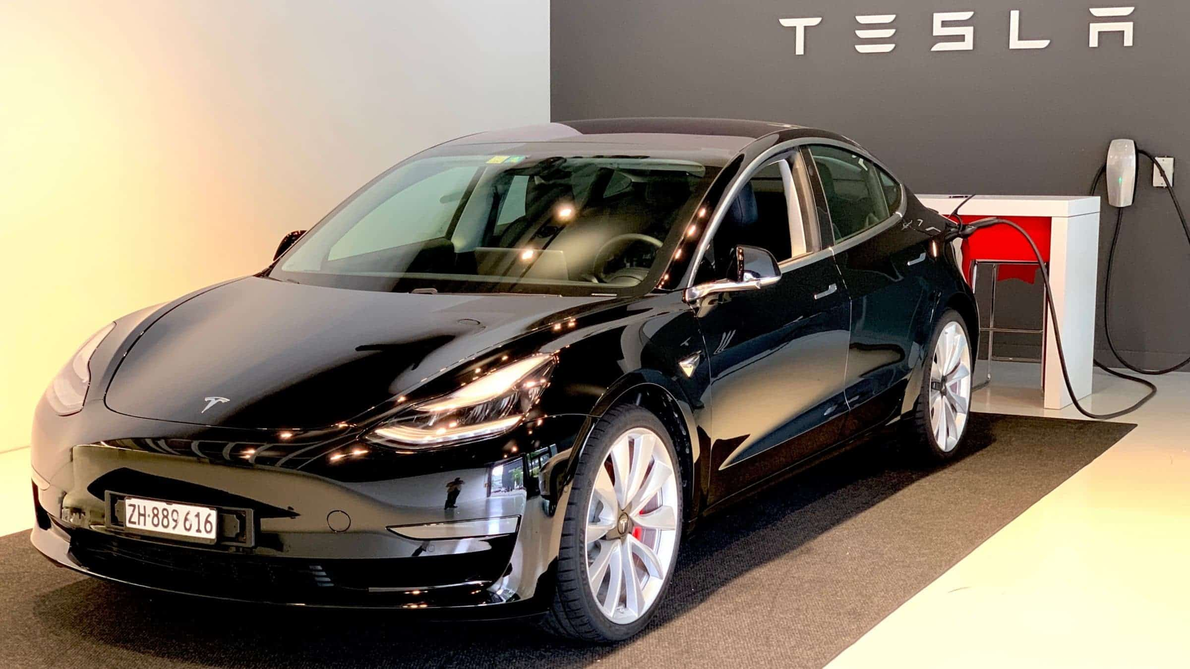 Tesla-Model-3-Main-Techgarage