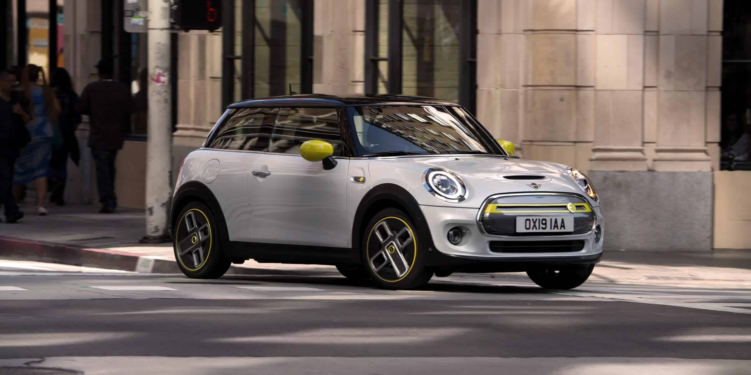 Bmw-Mini-Cooper-SE-Electric-Front
