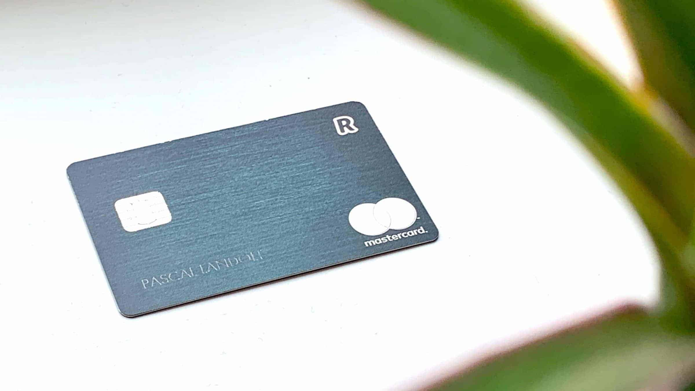 Revolut App and Cards Mastercard Green