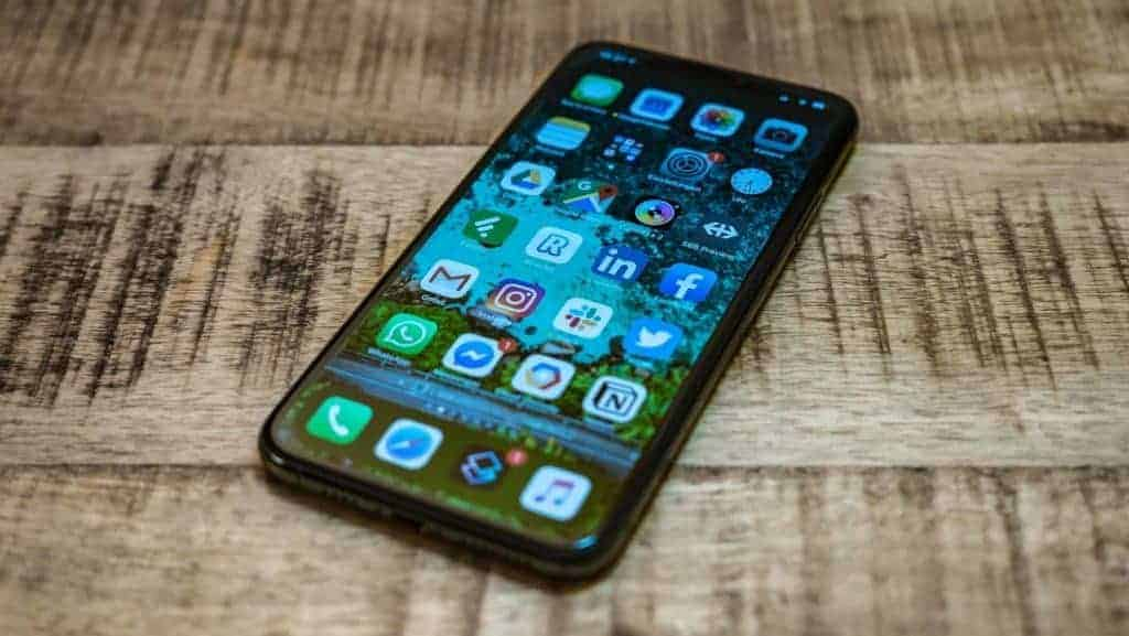 Apple iPhone 11 Pro Max Display